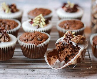 Christmas Cake Muffins with Sugared Pecans