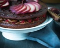 Herbstliche Schokoladentorte mit Rotweinbirnen / delicious harvest chocolate cake with red wine pears