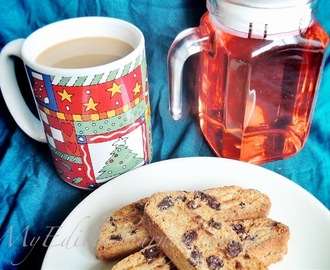 Brown Butter Biscotti and a Festive Drink