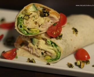 Hähnchen-Mango-Curry-Wrap mit Honig-Pistazien / Chicken Mango and Curry Wrap with Honey Pistachios