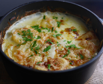 Leek, Potato and Bacon Hotpot with Jarlsberg Cheese