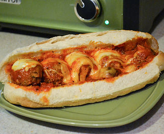 Easy Crock Pot Recipe | Meatball Sub Sandwiches | Easy Home Meals #HolidayHelper