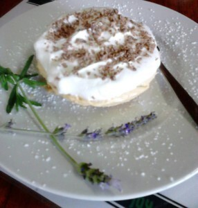 ZELDA'S EASY CHEESECAKE