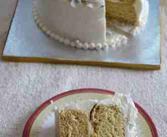 Vegan Vanilla Sponge Cake with Aquafaba
