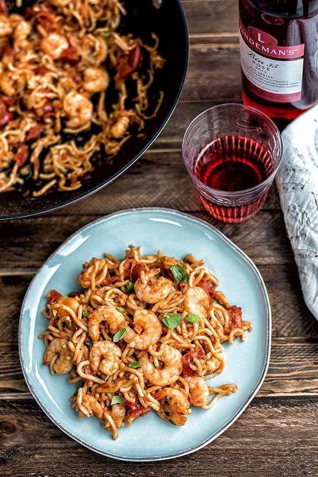 Chilli prawn noodles #FiveMinuteMeal