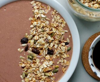 Kakao smoothie bowl
