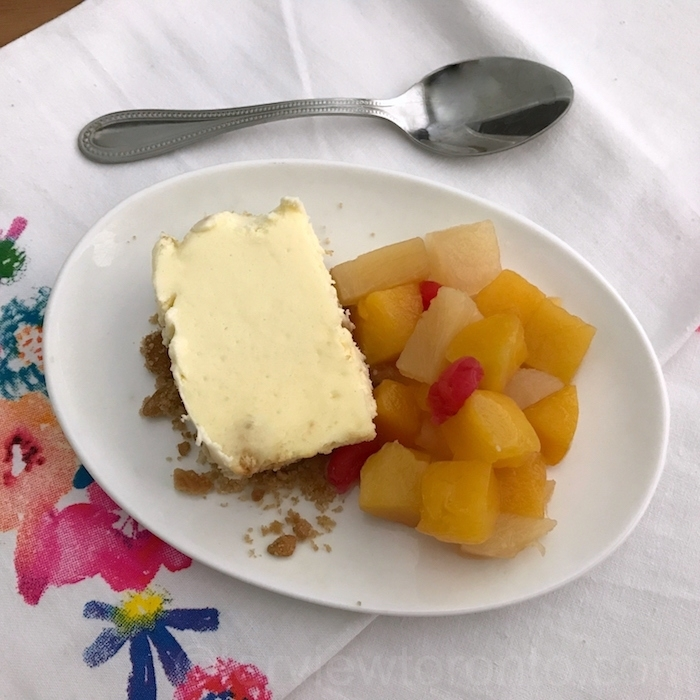 Cheesecake served with Dole Fruits