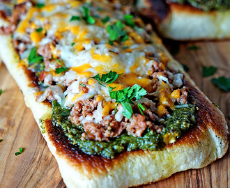 Italian Sausage Pesto Flatbread Melts