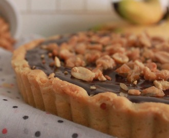 Chocolate, banana and peanut...Pie!