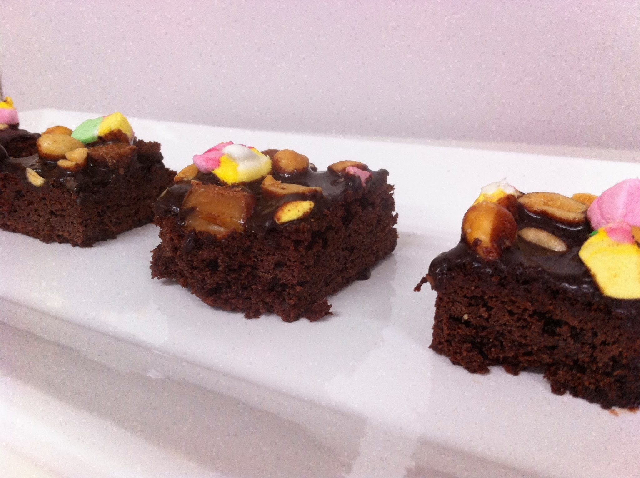Rocky road –browniet / Rocky road brownies