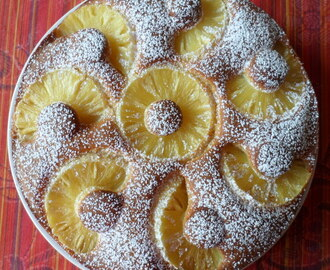 Torta morbida all'ananas