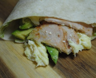 Bacon, Egg and Avocado Breakfast Burrito recipe