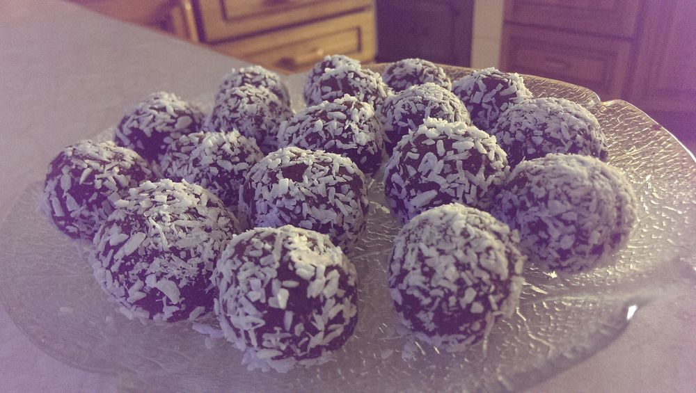 Black bean chocolate balls