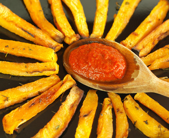 Baked swede chips with home-made tomato ketchup