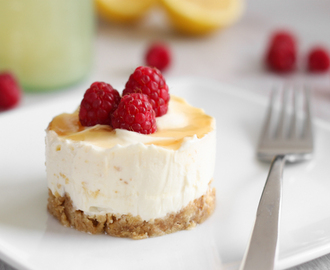 Easy lemon cheesecakes