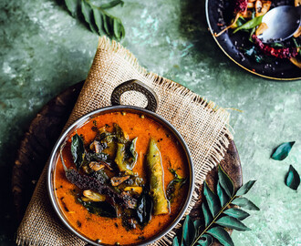 BasaLe Soppina Koddel | Udupi-Mangalorean Style Vegan Malabar Spinach Curry