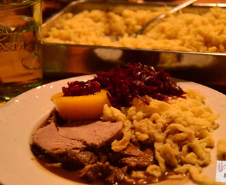 Rehbraten mit hausgemachten Spätzle und Rotkraut // Venison Roast with homemade Spaetzle and Red Cabbage