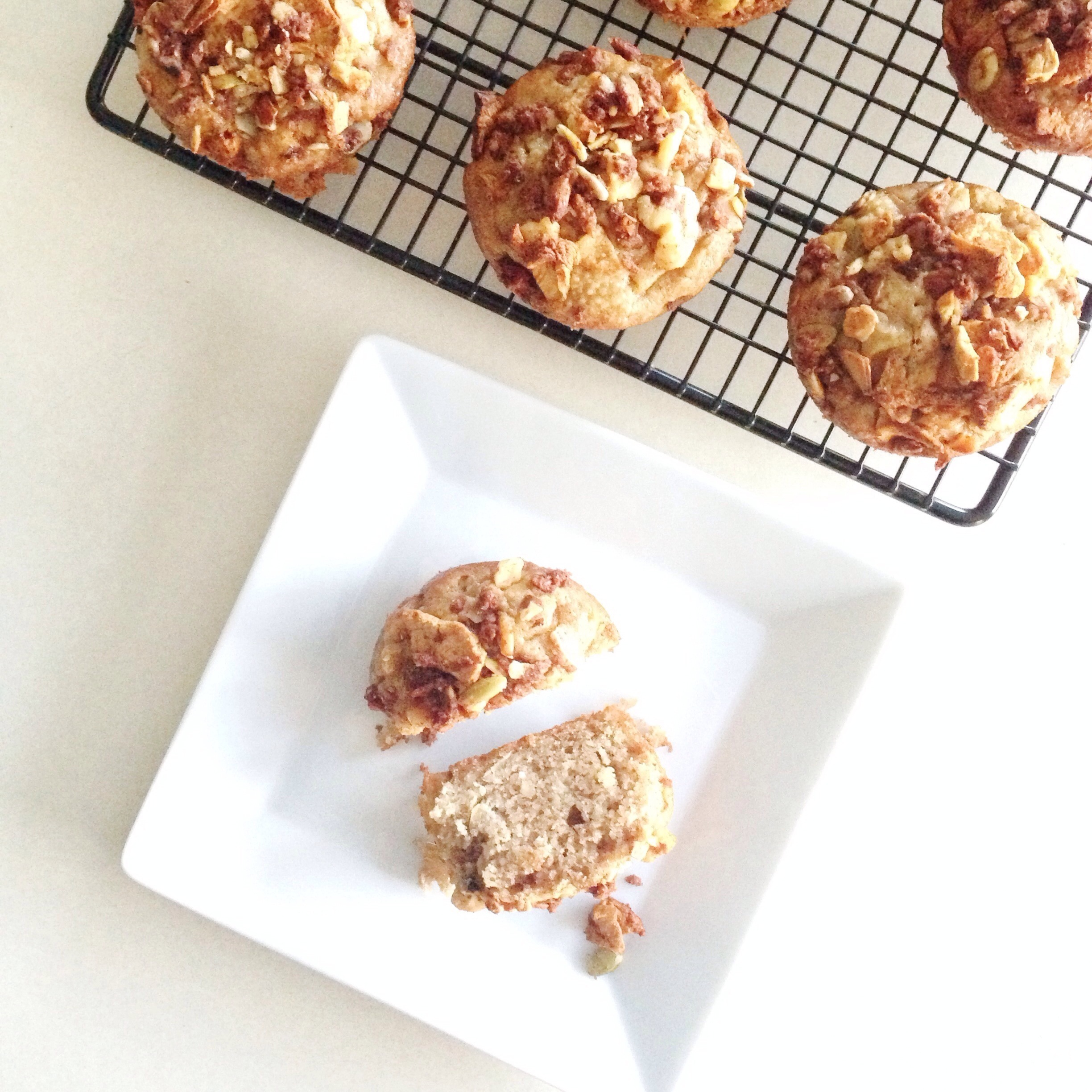 Apple Pie Muffins with Granola Crumble