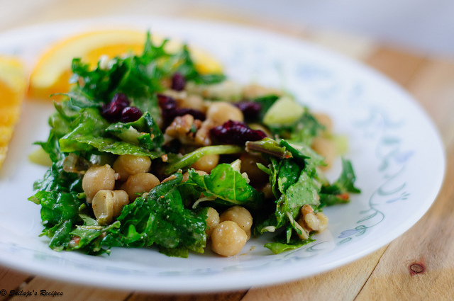 Kale, Chickpeas Salad with Tahini dressing