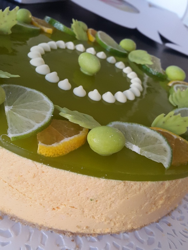 Kookos-lime juustokakku/Coconut and Lime Cheesecake