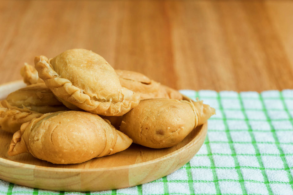 Crunchilicious Curry Puff Recipe