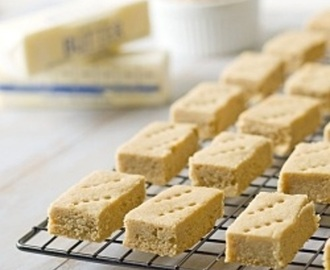 Guest Post – Gluten-free & Dairy-free Lemon & Almond Shortbread