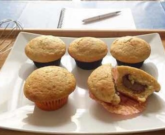 Muffin integrali con yogurt greco e cuore di Nutella