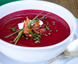 Beetroot soup with bacon and chive