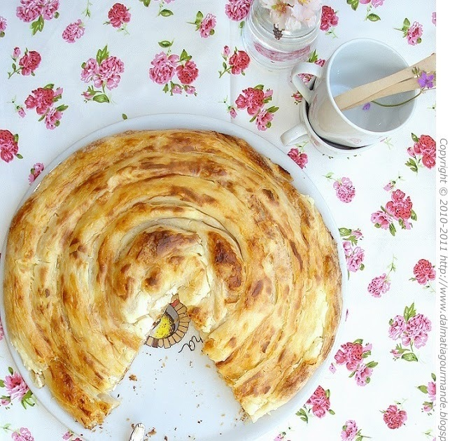 Bosanska sirnica (izgubljeni bakin recept)/Bosnian cottage cheese phyllo pie (grandma's lost recipe)