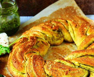 Chimichurri Bread {Braided Wreath Bread & Bread Rolls}
