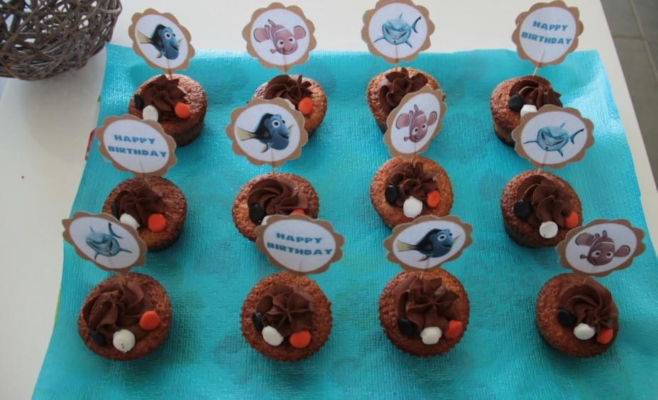 Cupcakes vanille topping chocolat (au thermomix ou sans) - Sweet Table Nemo - Sans oeuf, spécial allergiques