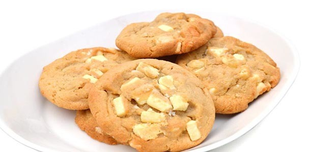 Galletas con chocolate blanco y coco