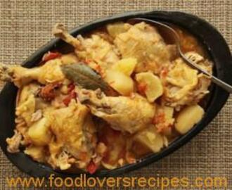 COLOMBIAN CHICKEN STEW WITH POTATOES, TOMATO AND ONION