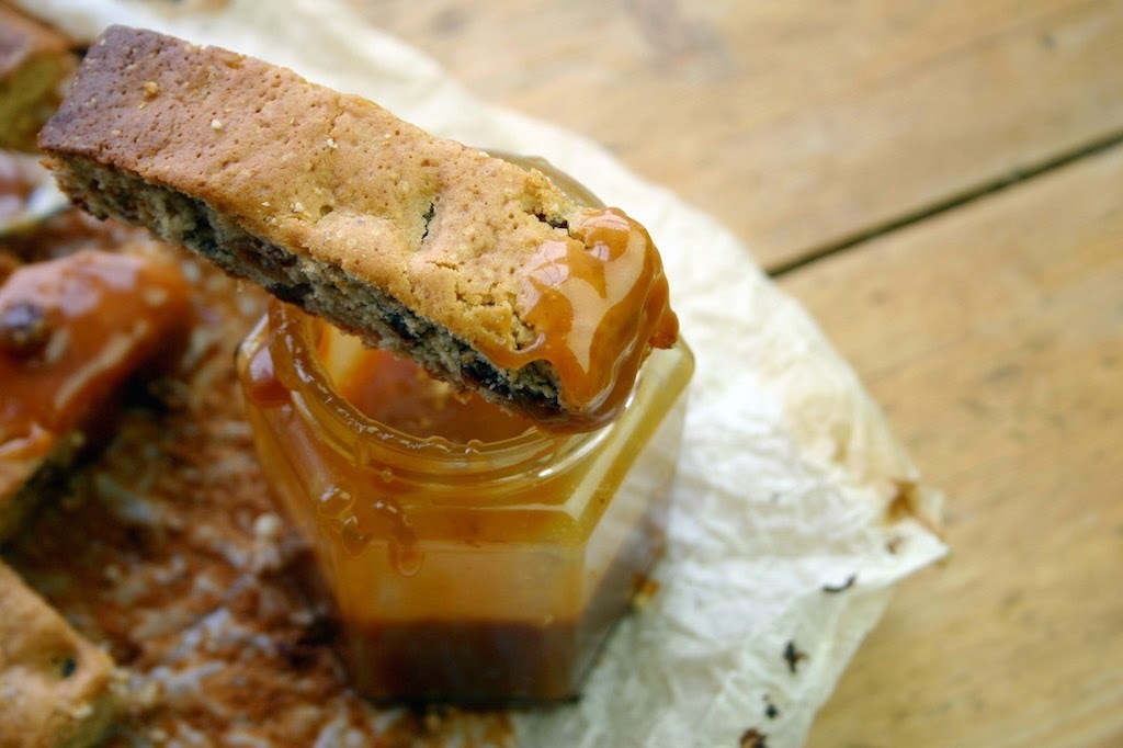 sticky toffee pudding cake fingers