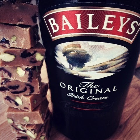 Baileys, Pistachio and Cranberry Fudge