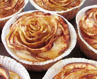 Mini apple rose pies