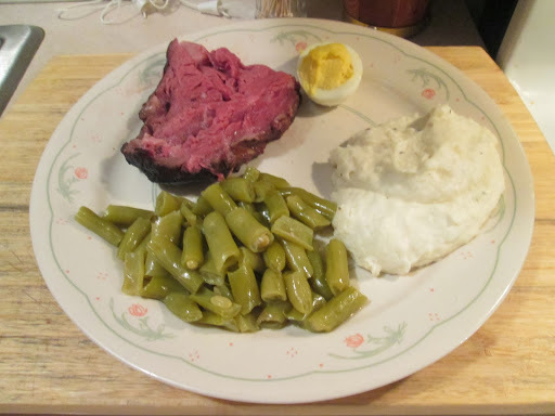 Prime Rib w/ Mashed Potatoes, Green Beans, and Baked Cheddar Bay Biscuits