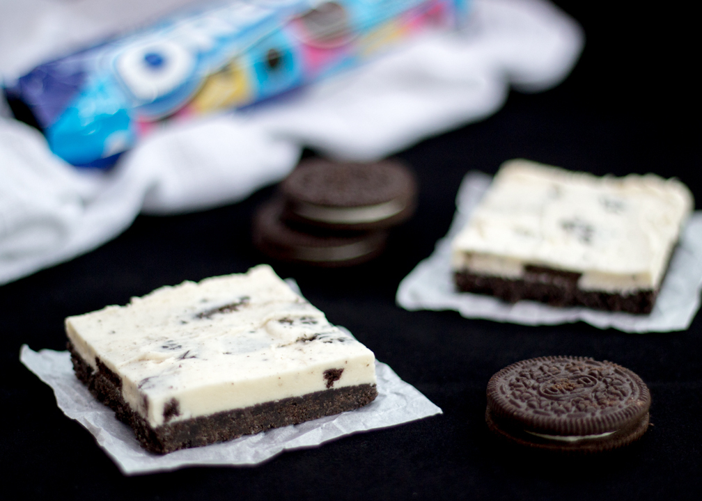 Oreo Cookies & Cream Bars