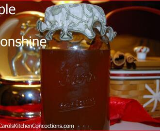 New Years Eve Cocktail Recipe – Apple Pie Moonshine