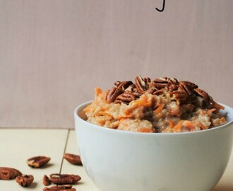 Slow Cooker Carrot Cake Porridge