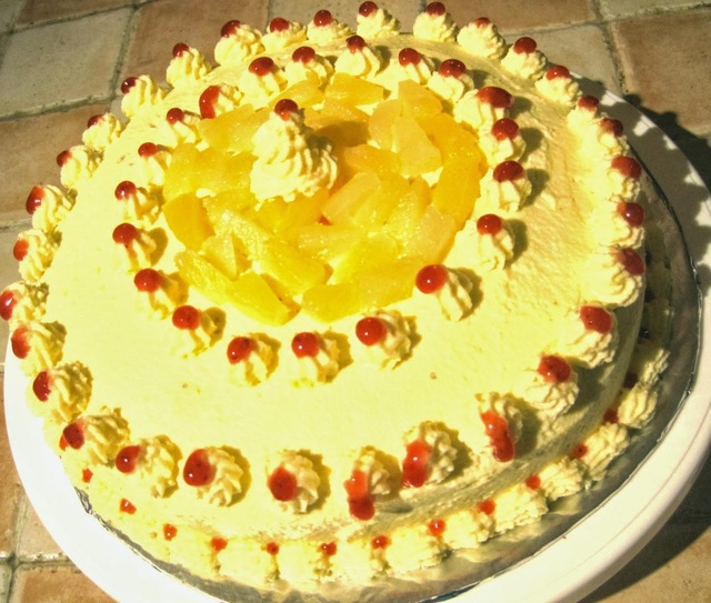Pineapple cake with Cream frosting