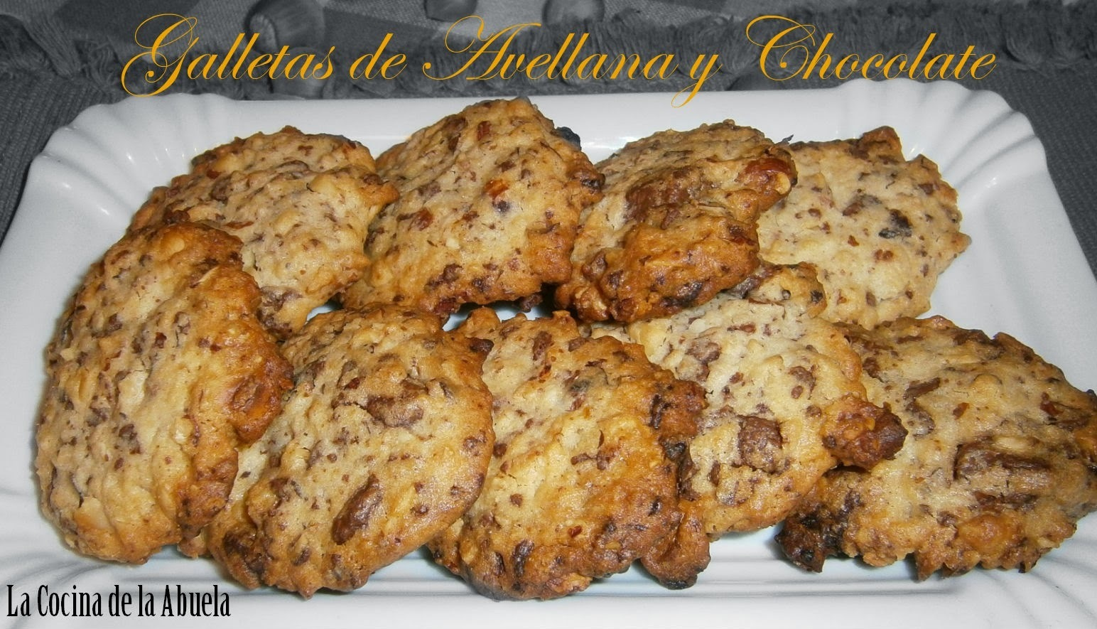 Galletas de Avellana y Chocolate.