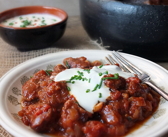 Slow Cooked Beef Goulash #LivePeasant
