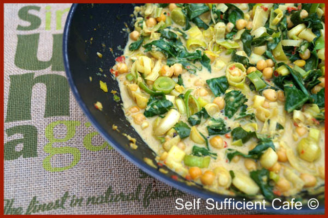 Suma Bloggers Network - Chickpea, Kale and Leek Curry
