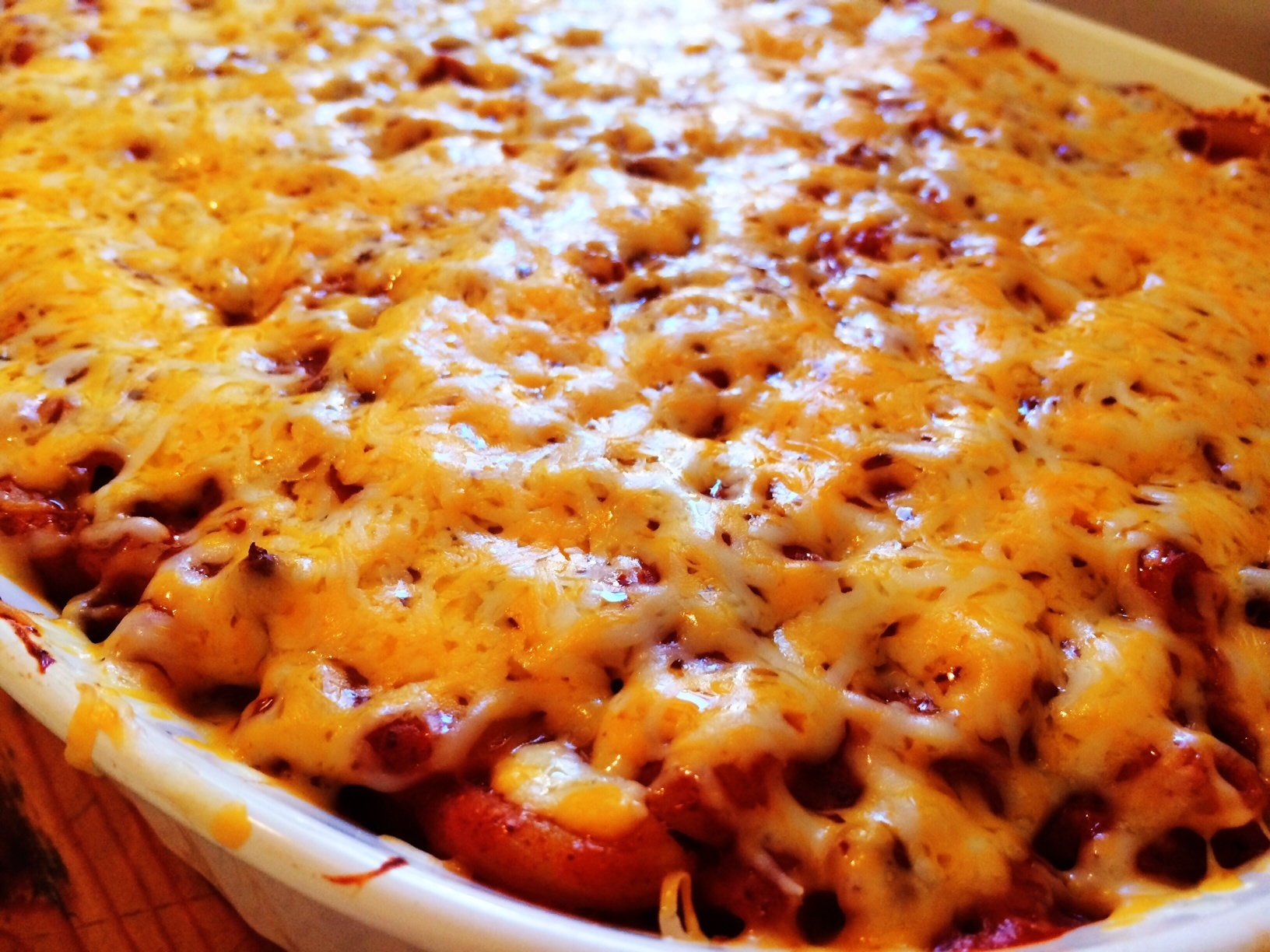 Creamy, Dreamy Chili Mac & Cheese Casserole