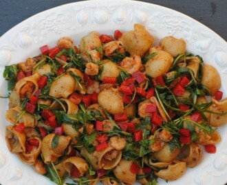 Balsamic Prawns, Rocket and Red Pepper Pasta