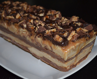 Snickers Ice Cream Cake