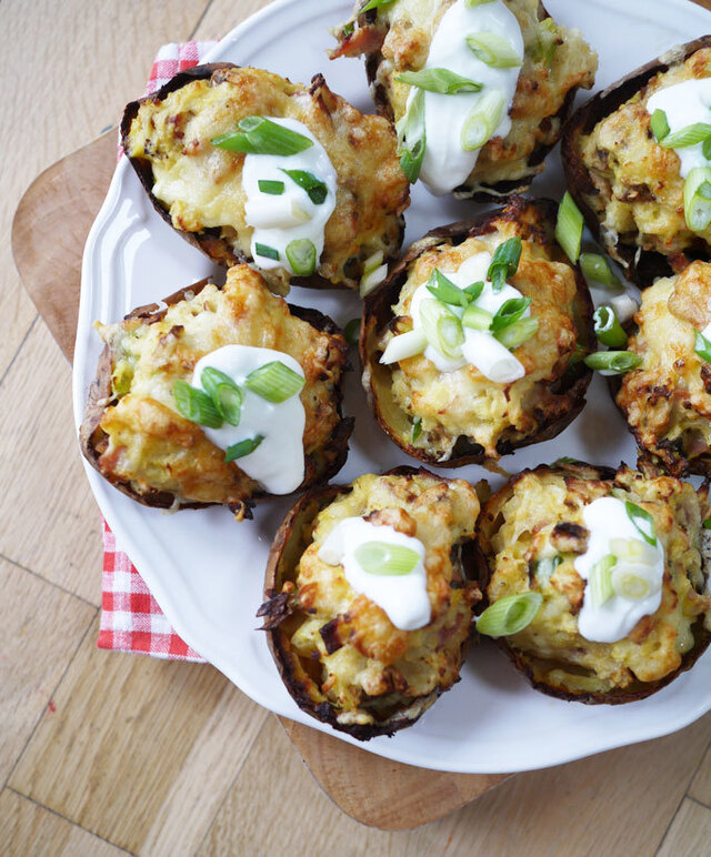 Skinny Stuffed Cheese and Bacon Potato Skins