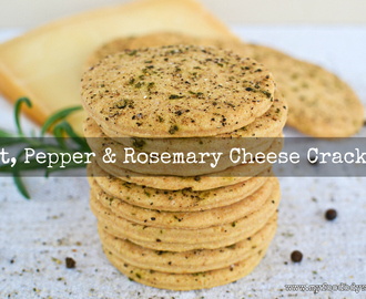 Salt, Pepper & Rosemary Cheese Crackers [Recipe]
