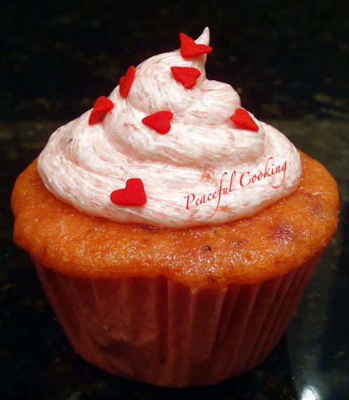 Elvie's Berry Best Cupcake